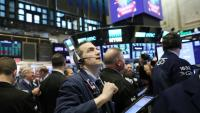 Traders sur le parquet du New York Stock Exchange le 9 février 2018