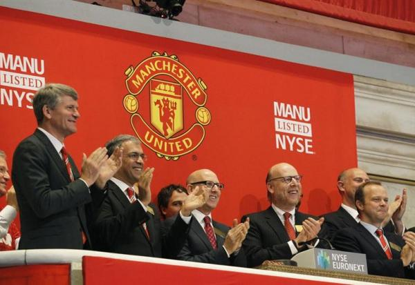 Manchester United tombe dans le rouge !