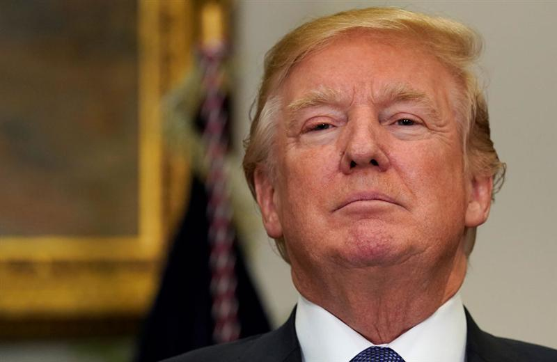 "Trump intraitable au sujet du plan de relance, ""grand"" ou rien"