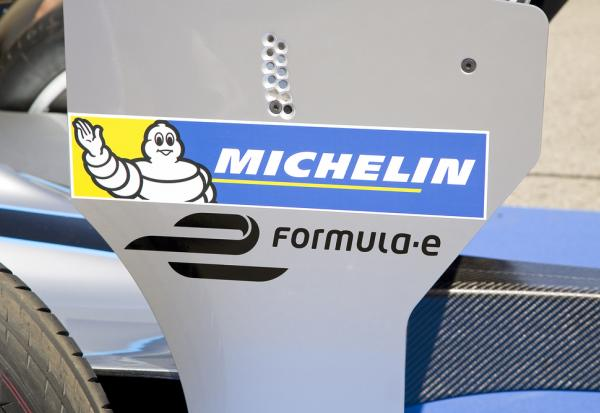Michelin : Obligations convertibles non-dilutives 2023 -Détermination du prix initial de conversion.